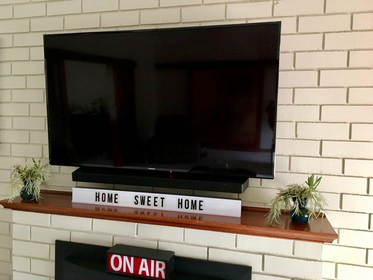Sanus TV mount with soundbar