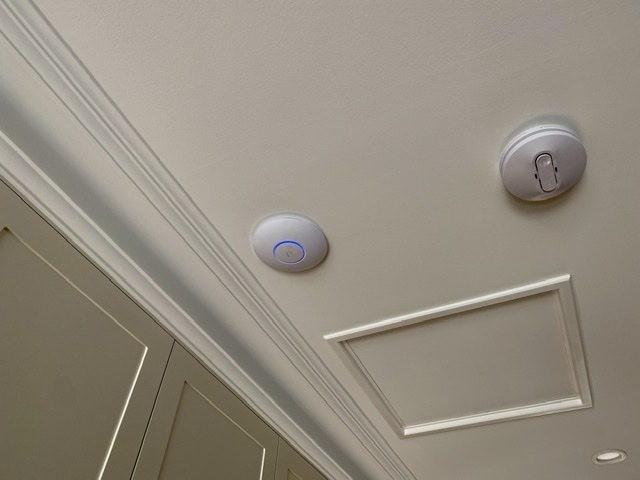 WiFi access point extender Blakiston