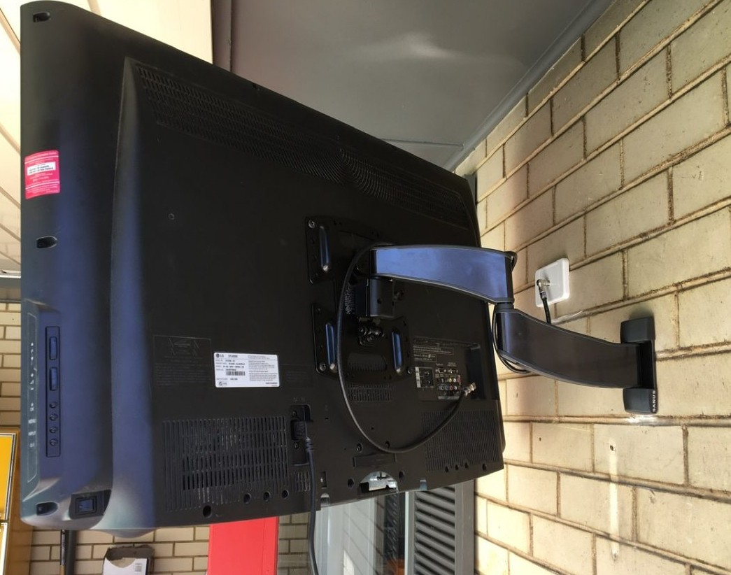 Articulated TV wall mounting bracket Rostrevor